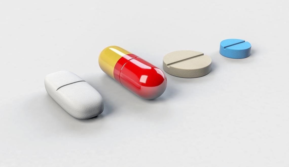 pillole e capsule, alcuni dei più comuni farmaci da banco