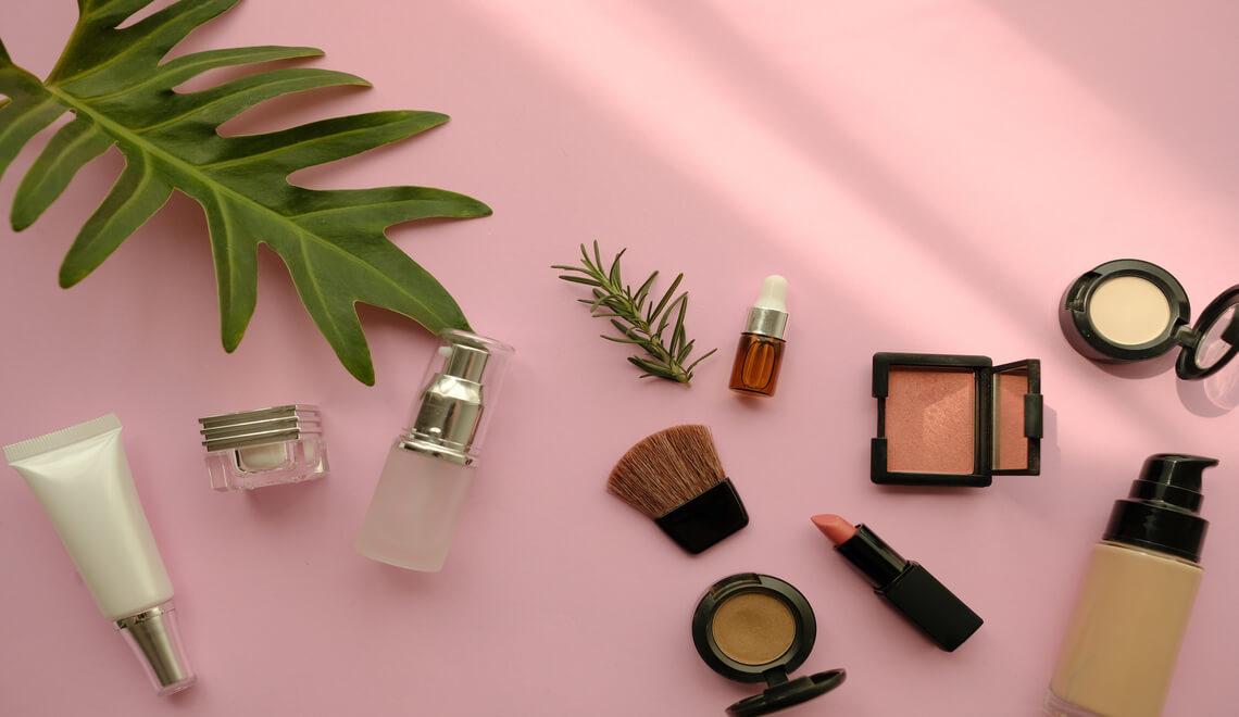 make up bio rossetto, ombretti, fondotinta